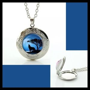 Jewelry - Howling Wolf Locket Necklace